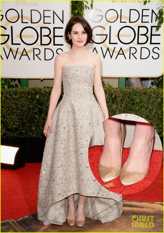michelle-dockery-golden-globes-2014-red-carpet-02